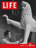 Life Magazine, January 25, 1937 - Lion Sculpture