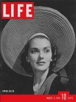 Life Magazine, March 4, 1940 - Sailor hats
