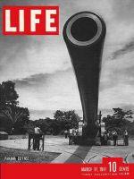 Life Magazine, March 17, 1941 - Largest Gun