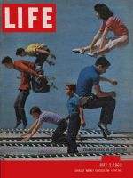 Life Magazine, May 2, 1960 - Trampoliners