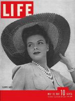 Life Magazine, May 19, 1941 - Floppy hats