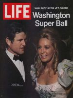 Life Magazine, June 11, 1971 - Ted and Joan Kennedy
