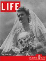 Life Magazine, June 22, 1942 - War-stamp bouquets, bride