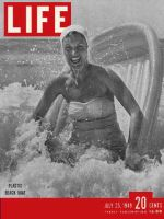 Life Magazine, July 25, 1949 - Beach boats
