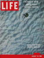 Life Magazine, August 29, 1960 - Record free-fall