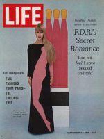 Life Magazine, September 2, 1966 - Pop art hits fashion