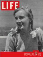 Life Magazine, September 8, 1941 - Campus pigtails
