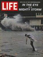 Life Magazine, September 22, 1961 - Gulf coast hurricane