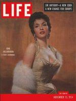 Life Magazine, November 15, 1954 - Gina Lollobrigida