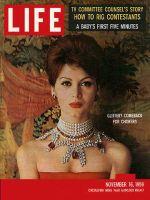 Life Magazine, November 16, 1959 - Jewelry, chokers