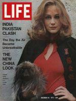 Life Magazine, December 10, 1971 - Cybill Shepherd