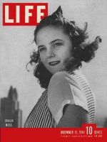 Life Magazine, December 15, 1941 - Broadway's Junior Miss. Pearl Harbr