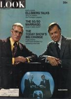 Look Magazine, October 5, 1971 - Frank Mcgee and Hugh Downs