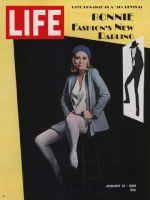 Life Magazine, January 12, 1968 - Faye Dunaway