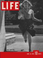 Life Magazine, June 26, 1939 - College fads