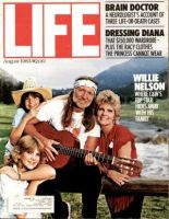 Life Magazine, August 1, 1983 - Willie Nelson And Family