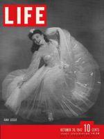 Life Magazine, October 26, 1942 - Joan leslie