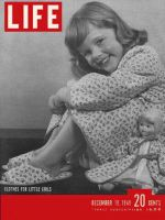 Life Magazine, December 19, 1949 - Girls' clothes